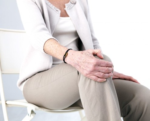 dolor de rodilla al estar sentado