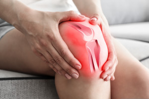 Health,Care,Concept.,Woman,Suffering,From,Pain,In,Knee,,Closeup