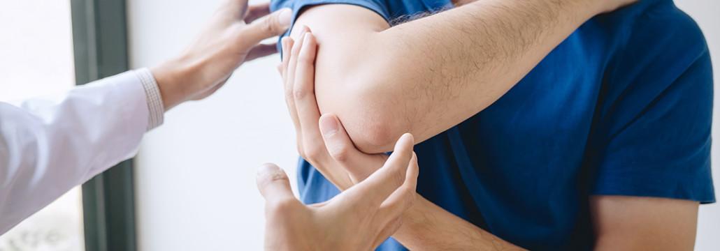 Ejercicios de rehabilitación por fractura de húmero personalizados