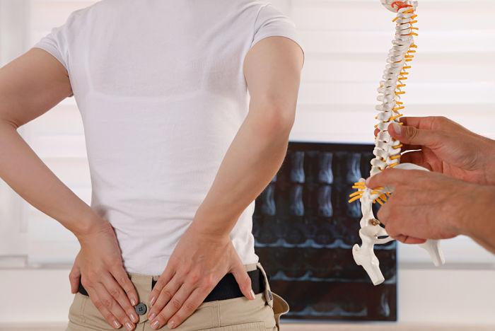 Clínica especializada en tratamiento de hernia discal lumbar en A Coruña